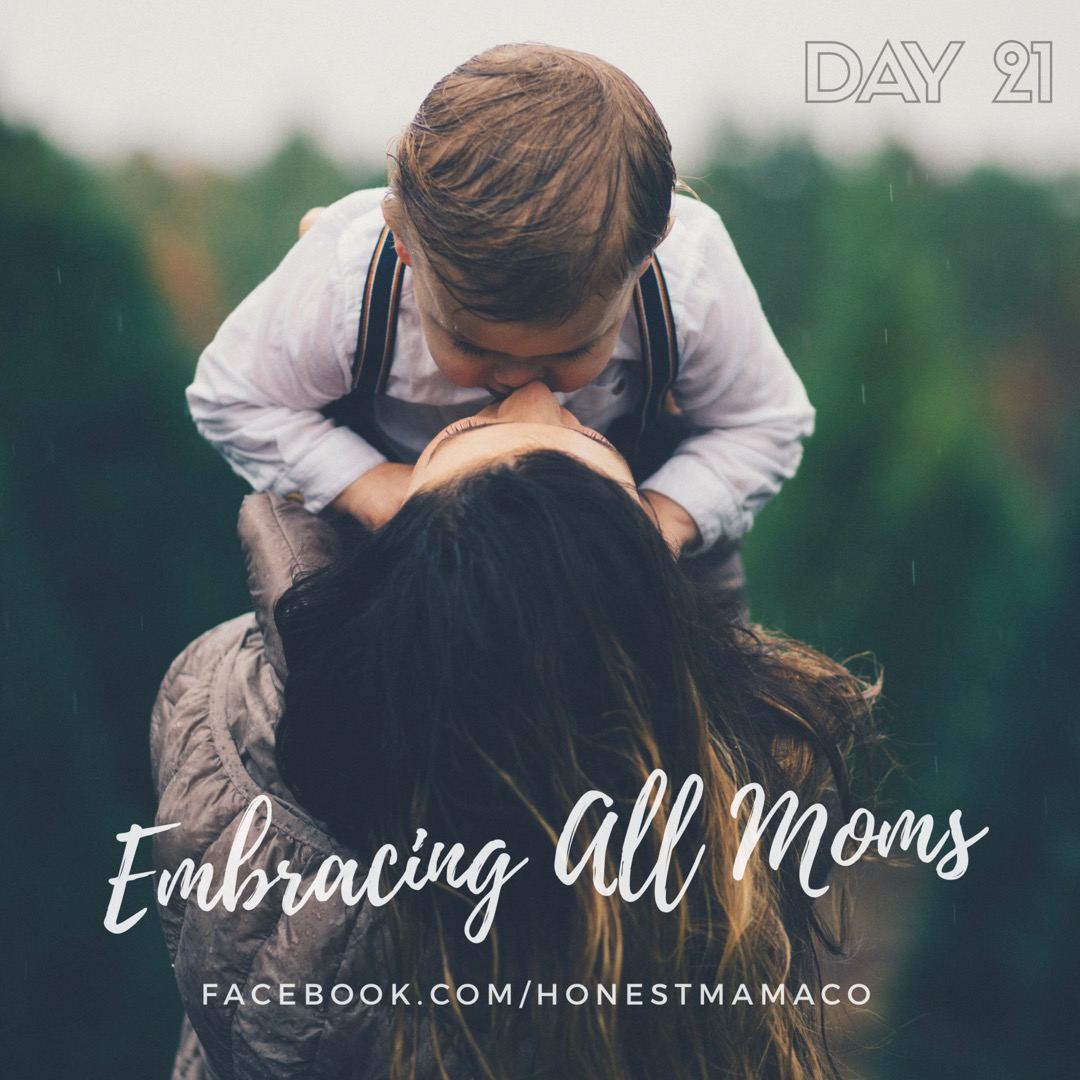 30 Days of Facebook Live // Embracing All Moms